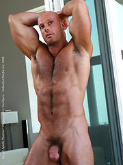Muscle god Apollo Phoenix shows his hairy body