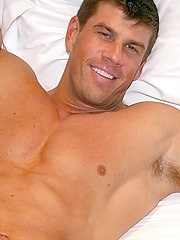 Zeb Atlas shows his big muscled body